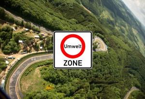 In Kürze wird die Nordschleife zur Umweltzone erklärt, anschließend wird hier umweltfreundliches Fahren geübt.